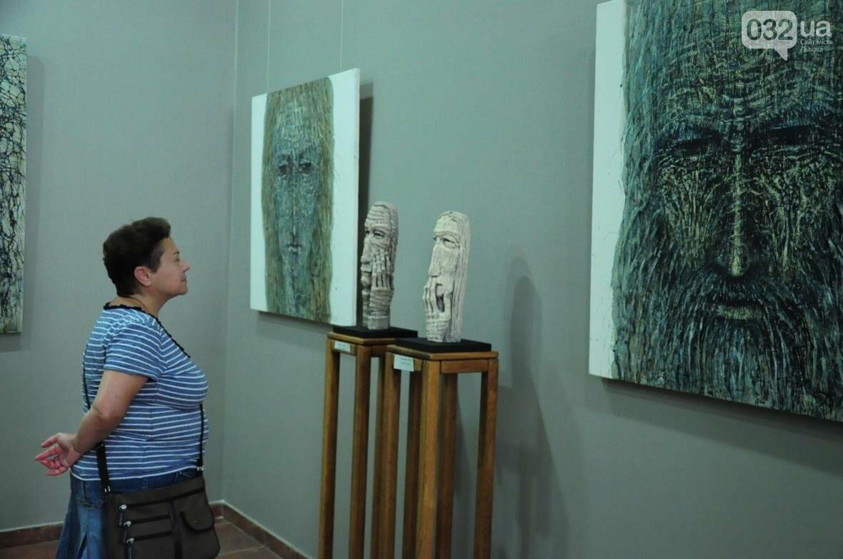 Емоції в скульптурі: у «Зеленій канапі» відкрили нову виставку (ФОТО), фото-3
