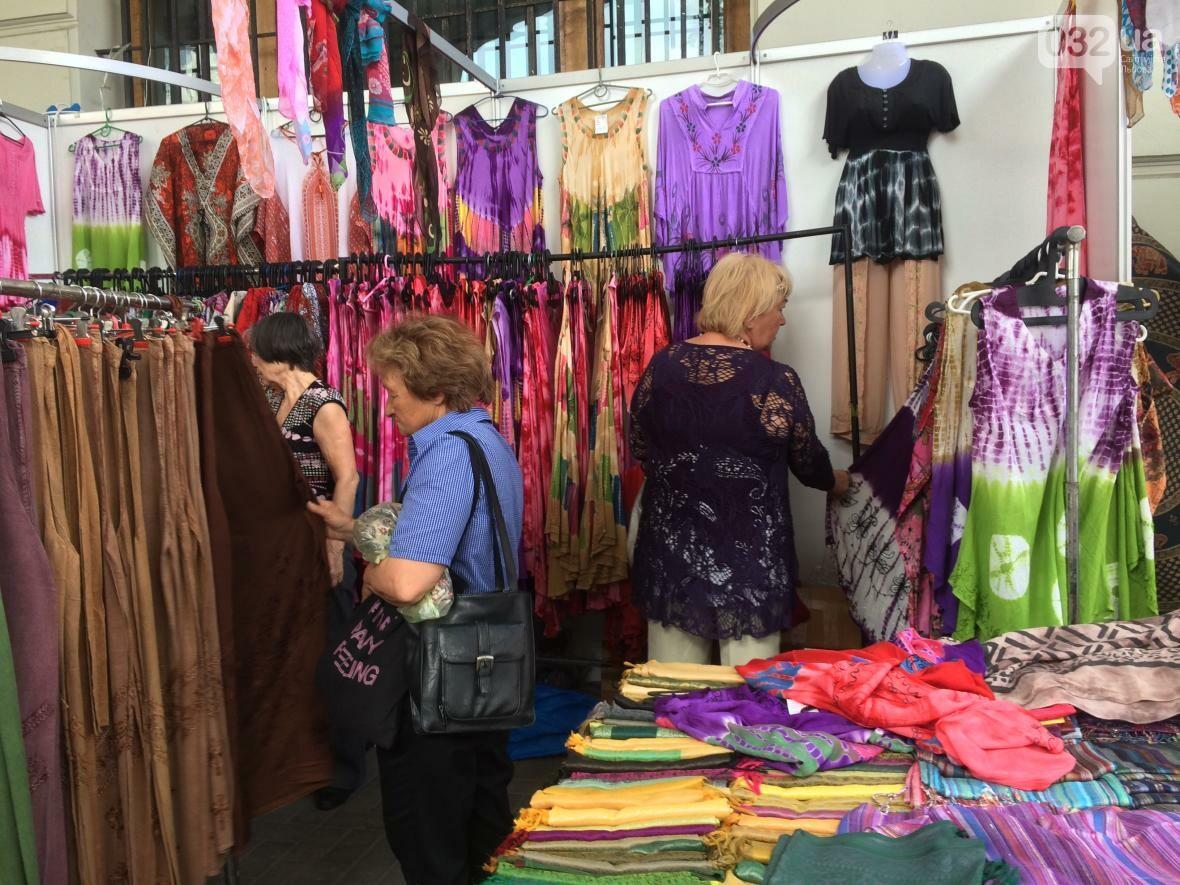 Багато спецій, одягу та прикрас: як у центрі Львова триває індійська виставка-ярмарок (ФОТО+ВІДЕО), фото-2