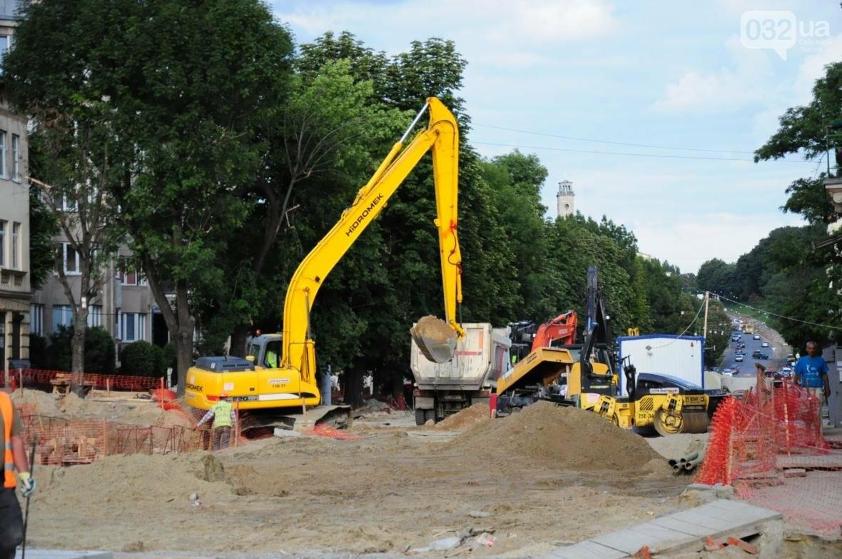 Як ремонтують перехрестя Личаківська — Мечникова (ФОТО), фото-13