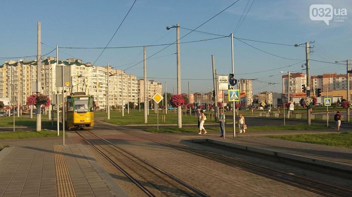 Вздовж трамвайної лінії на Сихові запрацювали розумні світлофори (ФОТО), фото-1