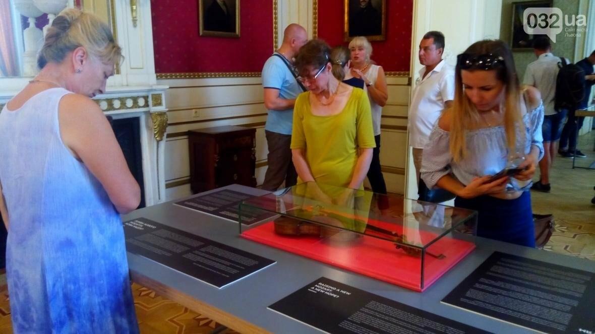 Унікальну спадщину сина Моцарта представили львів'янам: фоторепортаж, фото-24