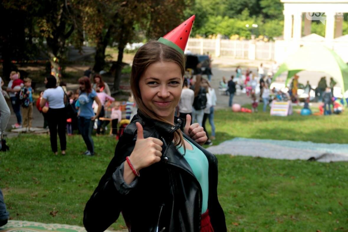 Перегони і поїдання кавунів на швидкість. Як у Львові відбувався фестиваль кавунів: фоторепортаж , фото-1