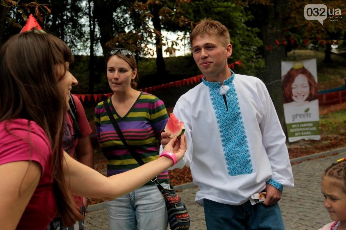 Перегони і поїдання кавунів на швидкість. Як у Львові відбувався фестиваль кавунів: фоторепортаж , фото-5