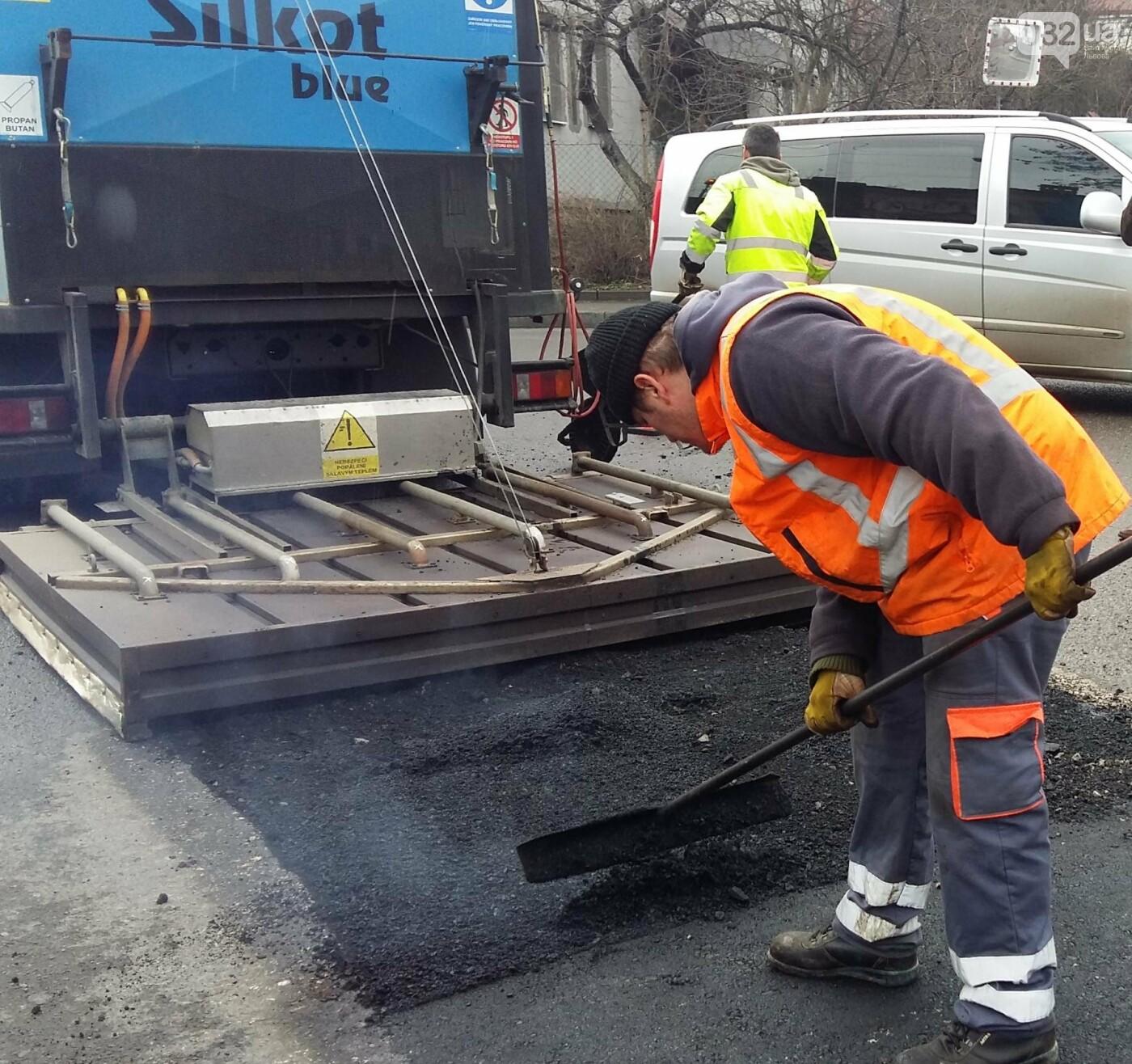 У Львові хочуть ремонтувати дороги за чеськими технологіями: як це виглядає (ВІДЕО), фото-2