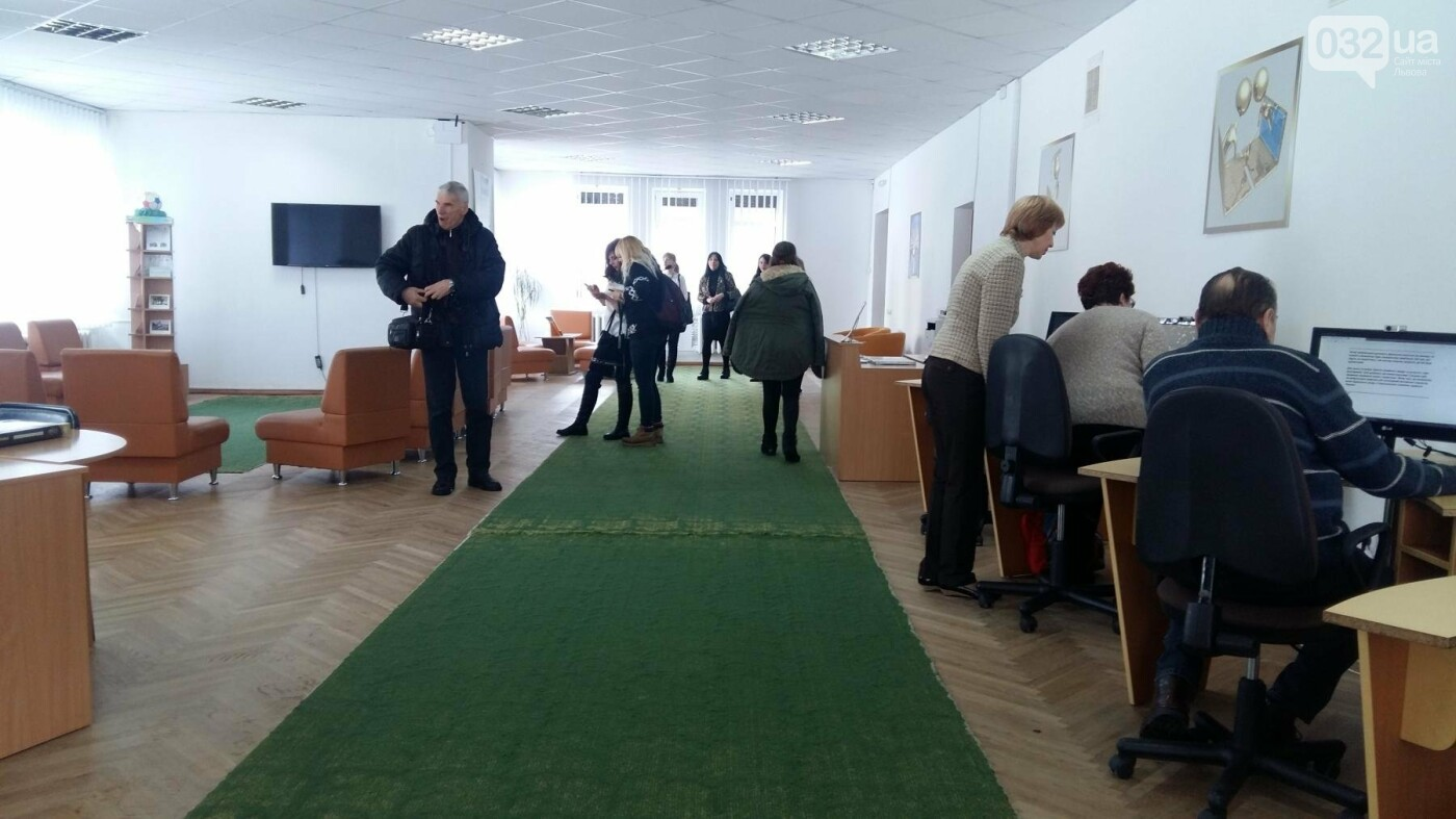 У Львові в розумному районі відкрили першу медіатеку: як це виглядає , фото-4