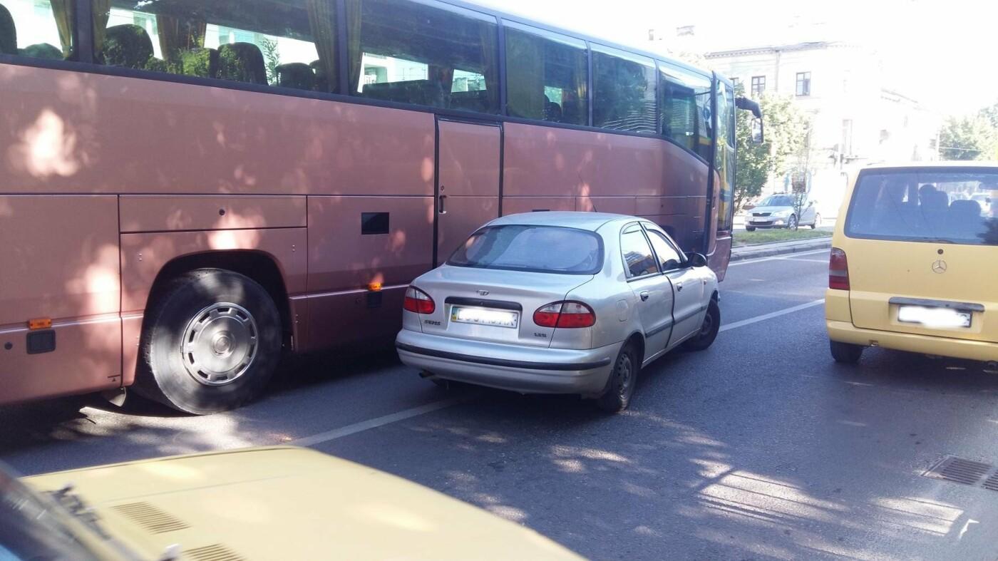 Ситуація на дорогах Львова: ДТП на проспекті Чорновола, - ФОТО, фото-2