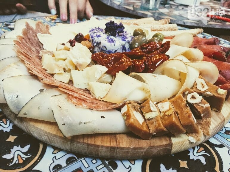 """Ресторан """"Ляфінаж"""" у центрі Львова:  скільки коштує тут поїсти, фото-12"""