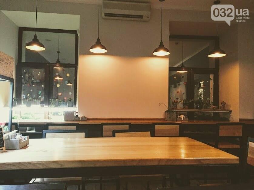 """Тест-драйв закладів Львова: ідемо в кулінарну студію """"Банзай"""", де готують суші , фото-2"""