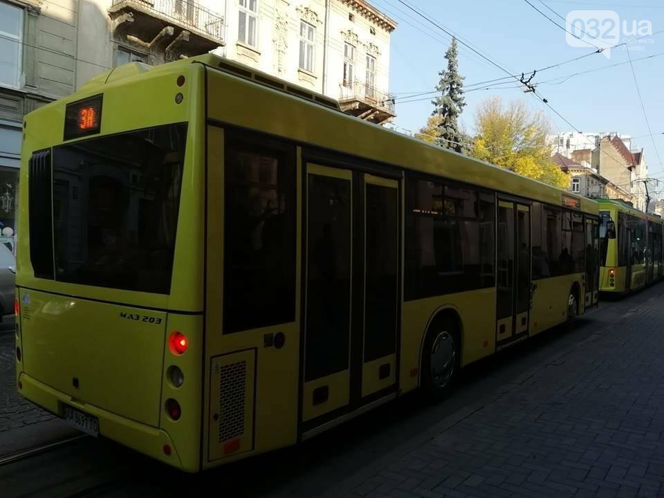 Сьогодні у Львові на один з маршрутів запустять 5 нових автобусів МАЗ, фото-2, Фото: 032.ua