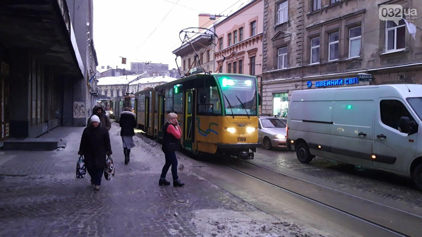 Ситуація на дорогах Львова: затор на вулиці Франка, - ФОТО, фото-2