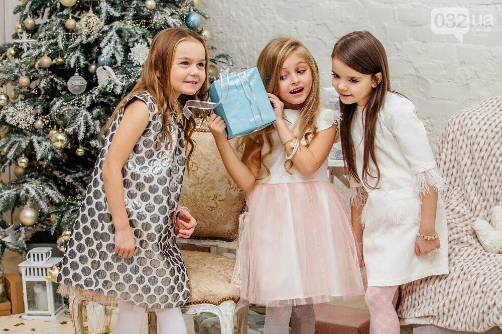 Окрім розробки та втілення сотень персональних замовлень Дизайн-ательє  Олени Гусєвої вже створило корпоративний одяг для ресторацій c1347698d6abb