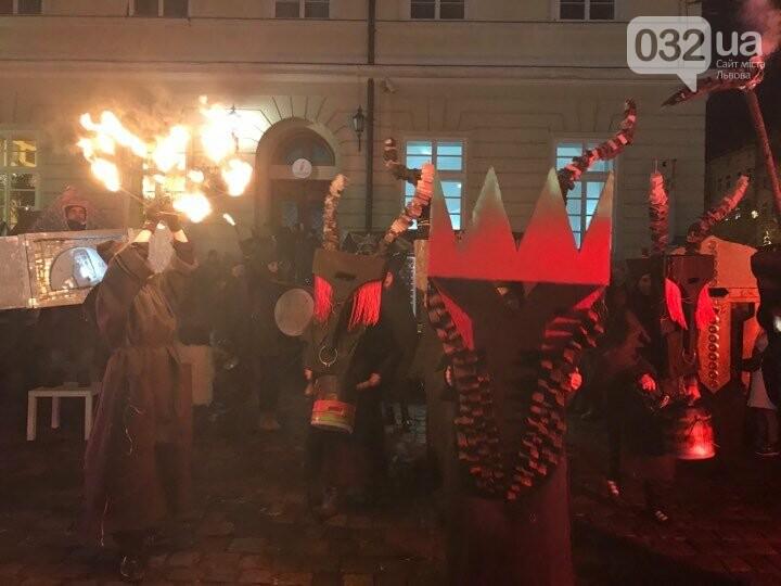 Вертеп-дійство на площі Ринок у Львові 2020, фото 032.ua