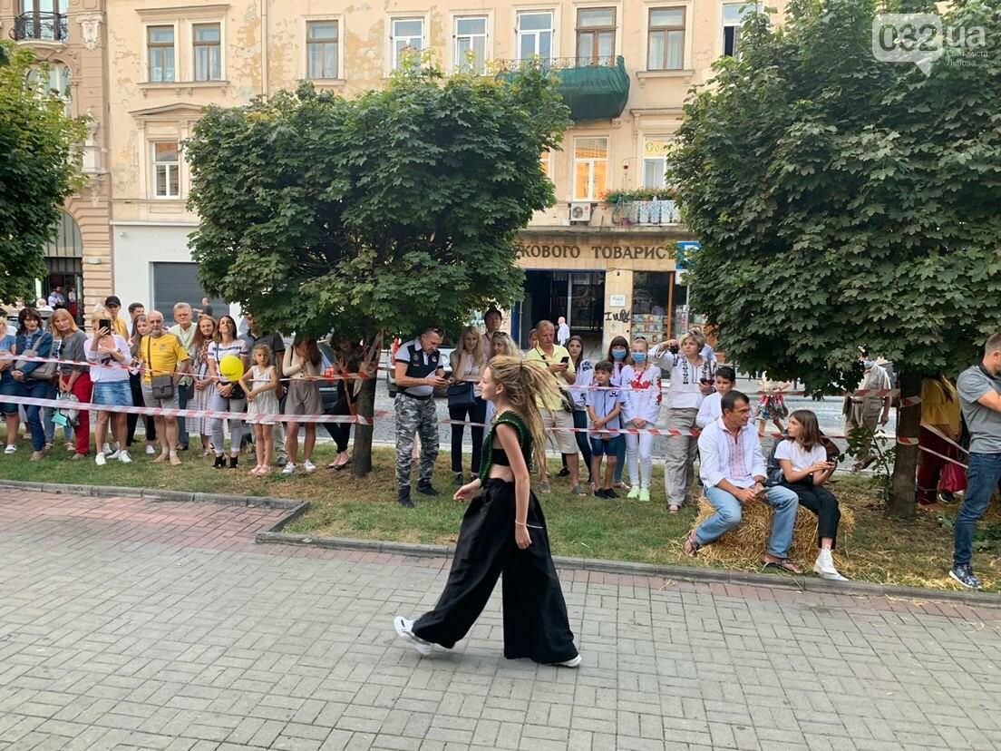 Показ мод у Львові: фото 032.ua