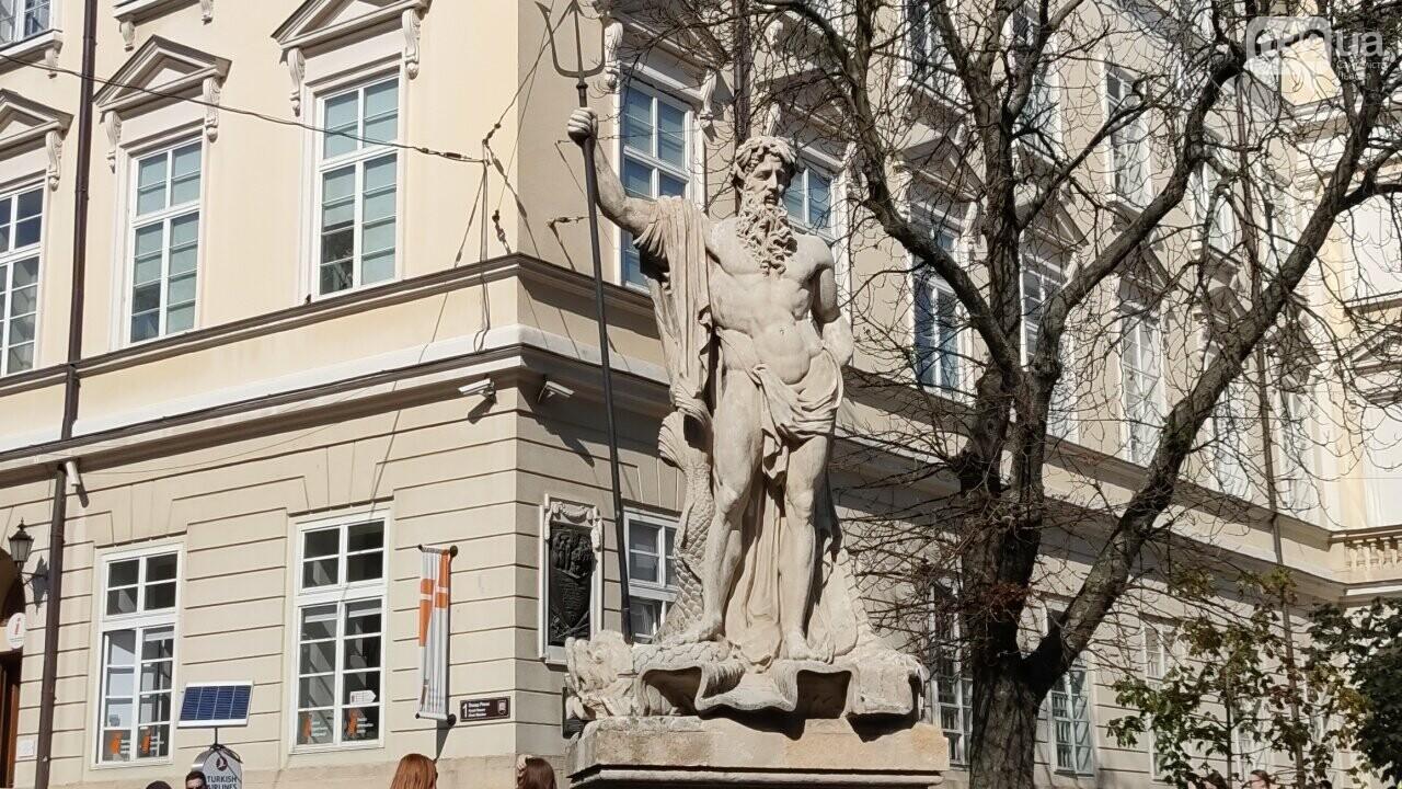 Фонтани на площі Ринок, фото 032.ua