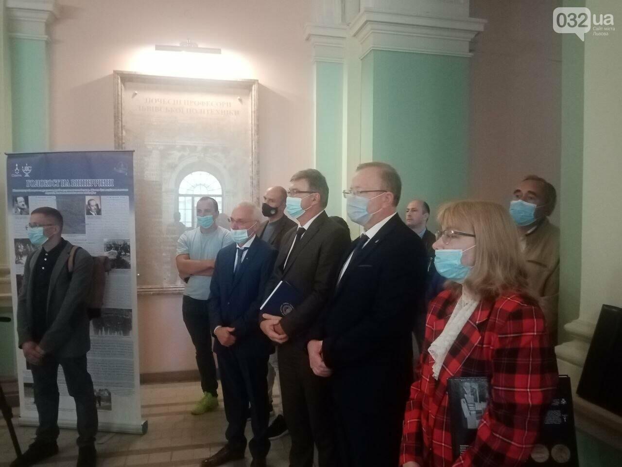 У Львові відкрили виставку, присвячену українцям-рятівникам євреїв під час Голокосту, - ФОТО, фото-3