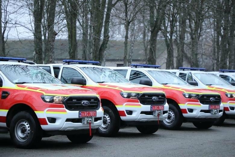 Львівські рятувальники замовили спеціалізований Ford за 1,8 млн грн | Новини
