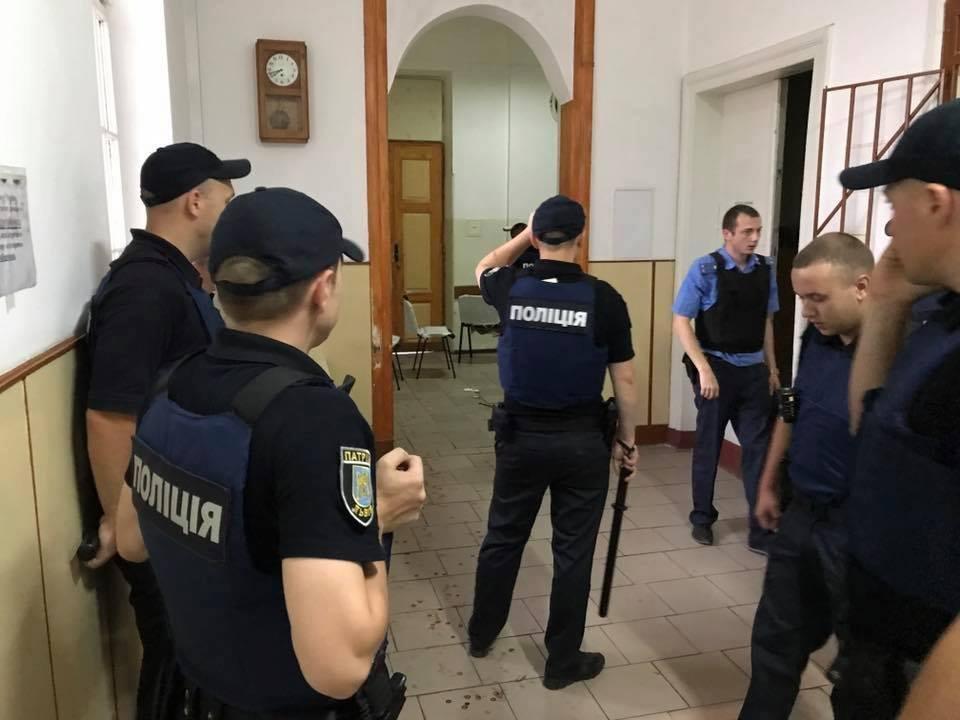 Бунт у львівській психлікарні: подробиці, відео, фото-3
