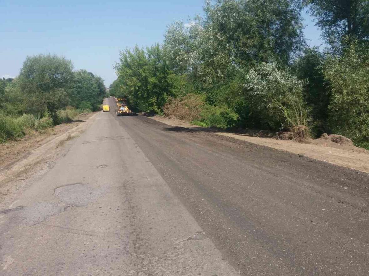На Львівщині розпочався ремонт дороги біля Дрогобича. Фото, фото-2, фото: ЛОДА