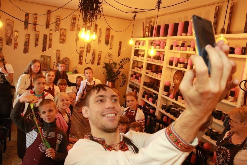 Як маленькі львів'яни снідали із Чемпіоном Всесвітніх ігор 2017: фоторепортаж, фото-6