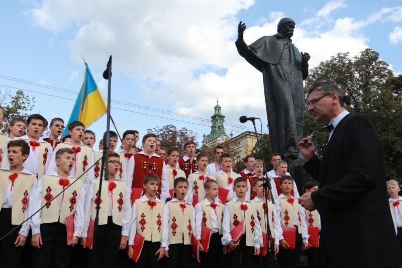 У Львові помолились за мир та ласку для України. Фоторепортаж, фото-13