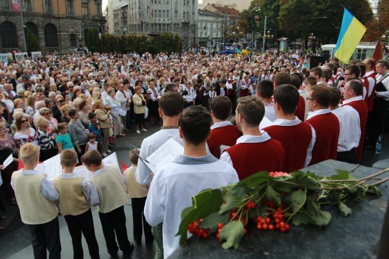 У Львові помолились за мир та ласку для України. Фоторепортаж, фото-12