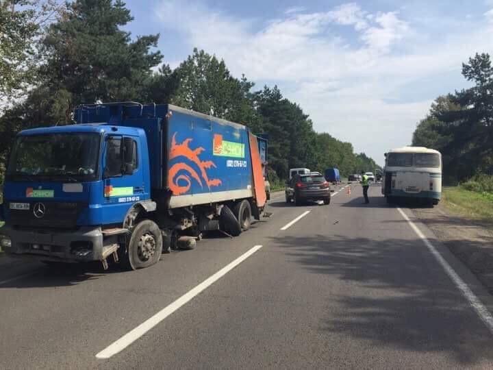 Стали відомі деталі ДТП на автодорозі Львів — Краківець, фото-1