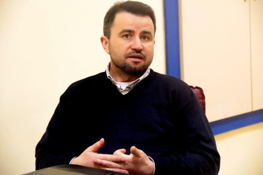 Автопарк депутатів: на чому їздять керівники фракцій у Львівській міськраді і їхні дружини, фото-5