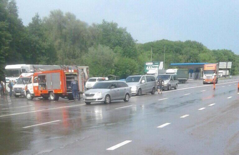 Фото з місця аварії: соцмережі
