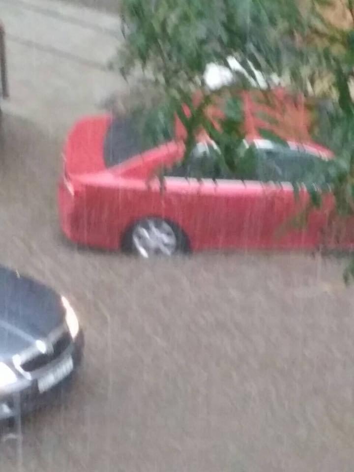 У Львові масштабна злива зупинила рух транспорту й затопила вулиці, - ФОТО, фото-6