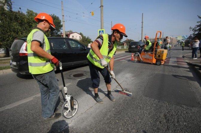 У Львові на вулиці Княгині Ольги вперше використали нову технологію ремонту дороги, фото-2, Фото: ЛМР
