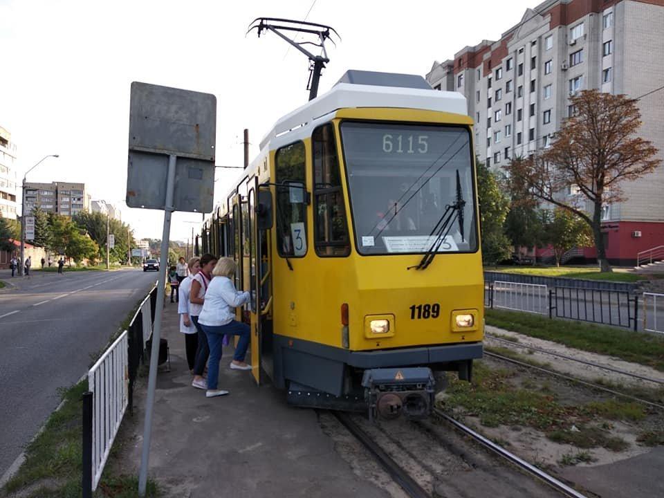У Львові почав курсувати перший вживаний берлінський трамвай, - ФОТО, фото-3, Фото: Андрій Білий/Facebook.com