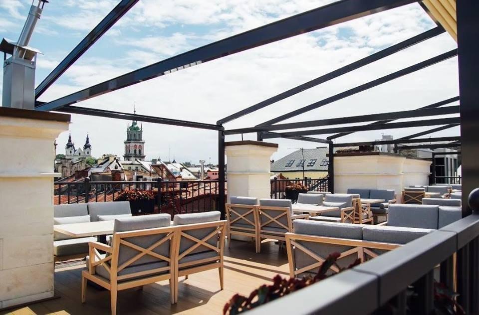 Заклади Львова з терасами fe42097bd7db4
