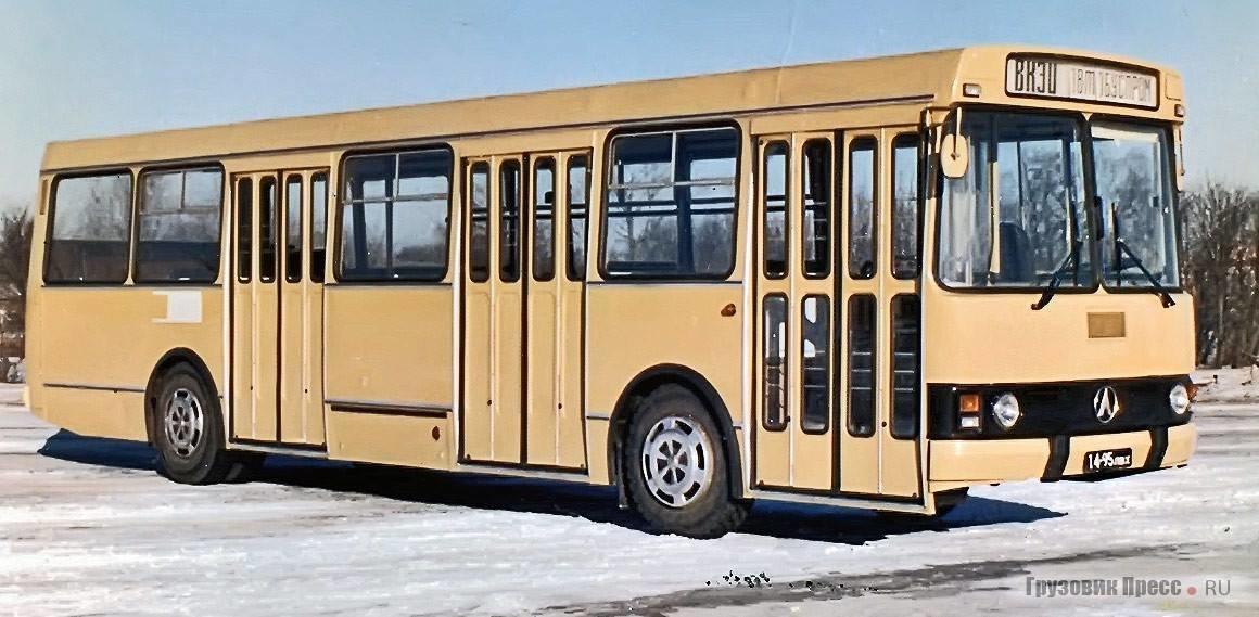 Фотографії старого Львова: ТОП-10 світлин автобусів львівського виробництва, фото-3