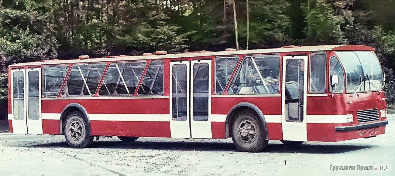 Фотографії старого Львова: ТОП-10 світлин автобусів львівського виробництва, фото-11