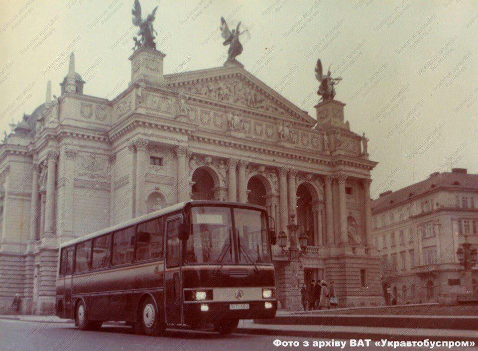 Фотографії старого Львова: ТОП-10 світлин автобусів львівського виробництва, фото-5