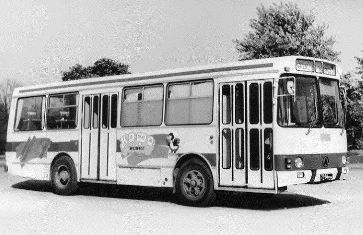 Фотографії старого Львова: ТОП-10 світлин автобусів львівського виробництва, фото-15
