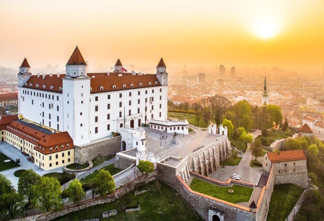 10 бюджетних напрямків, куди можна полетіти зі Львова у листопаді, фото-7