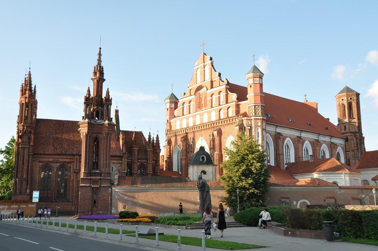 10 бюджетних напрямків, куди можна полетіти зі Львова у листопаді, фото-2