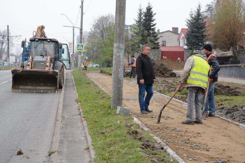 Як у Львові облаштовують велодоріжку на вулиці Княгині Ольги, - ФОТО, фото-6, Фото: ЛМР