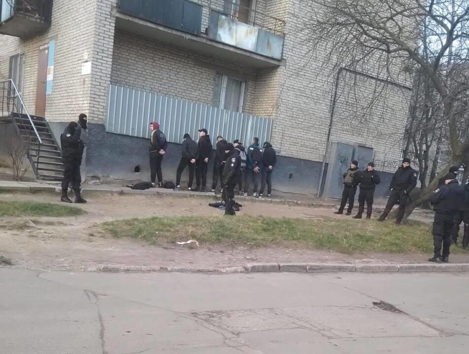 У Львові невідомі пошкодили майно салону гральних автоматів, фото-1