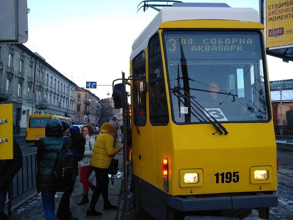 На вулицях Львова вже курсують 8 трамваїв з Берліну , фото-2, Фото: Олег Береза