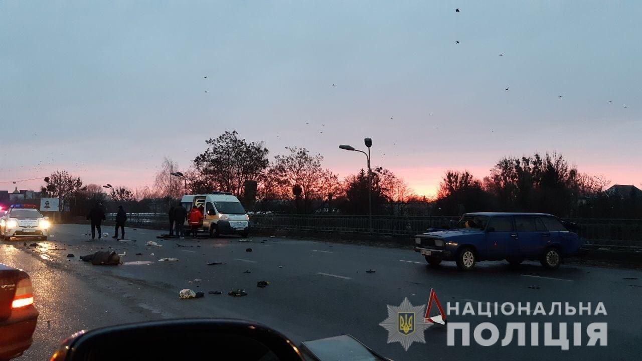 Аварія на Скнилівському мості: в результаті ДТП загинув водій легковика, - ФОТО, фото-2, Фото поліції Львівщини
