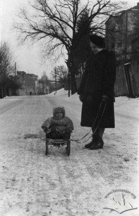 Метрові снігові замети: якою колись була зима у Львові, - ФОТО, фото-9