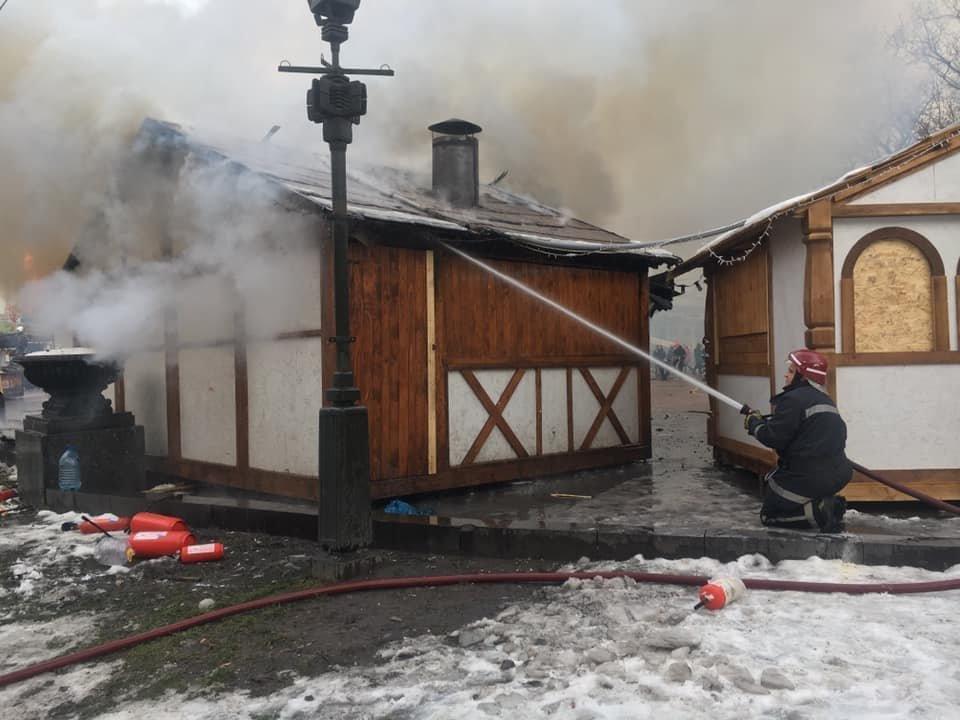 У центрі Львова вибухнув газовий балон: є постраждалі, - ФОТО, фото-8