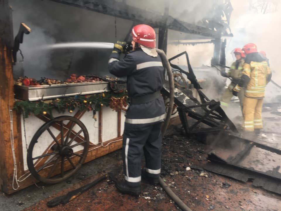 У центрі Львова вибухнув газовий балон: є постраждалі, - ФОТО, фото-6