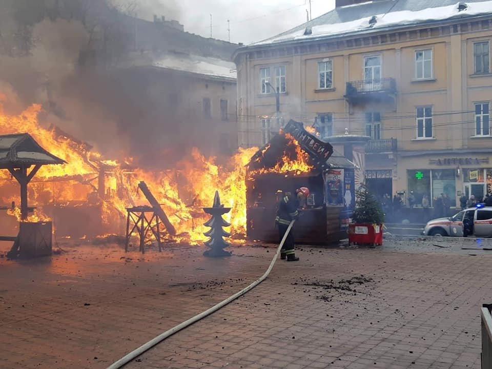 У центрі Львова вибухнув газовий балон: є постраждалі, - ФОТО, фото-1
