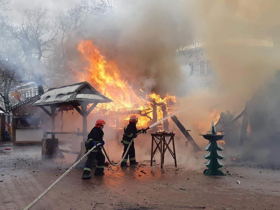 У центрі Львова вибухнув газовий балон: є постраждалі, - ФОТО, фото-3