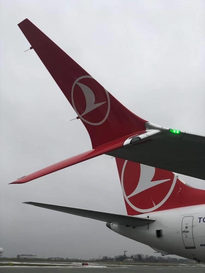 Львівський аеропорт вперше зустрів новий  BOEING 737-8 MAX, фото-5