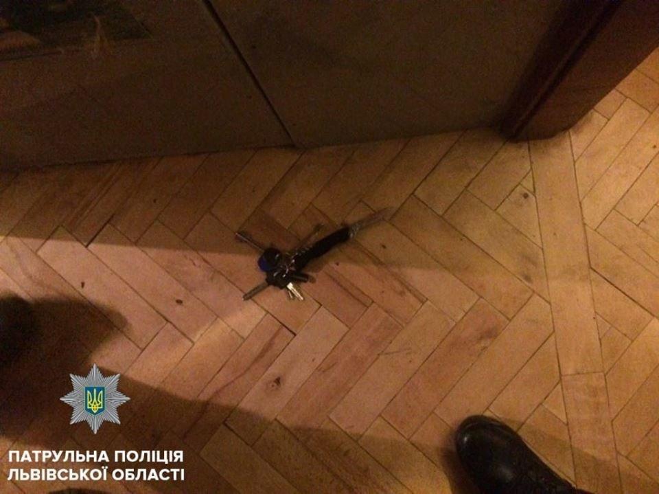 У Львові 40-річний чоловік вбив власну матір, вдаривши її ножем в груди, фото-1
