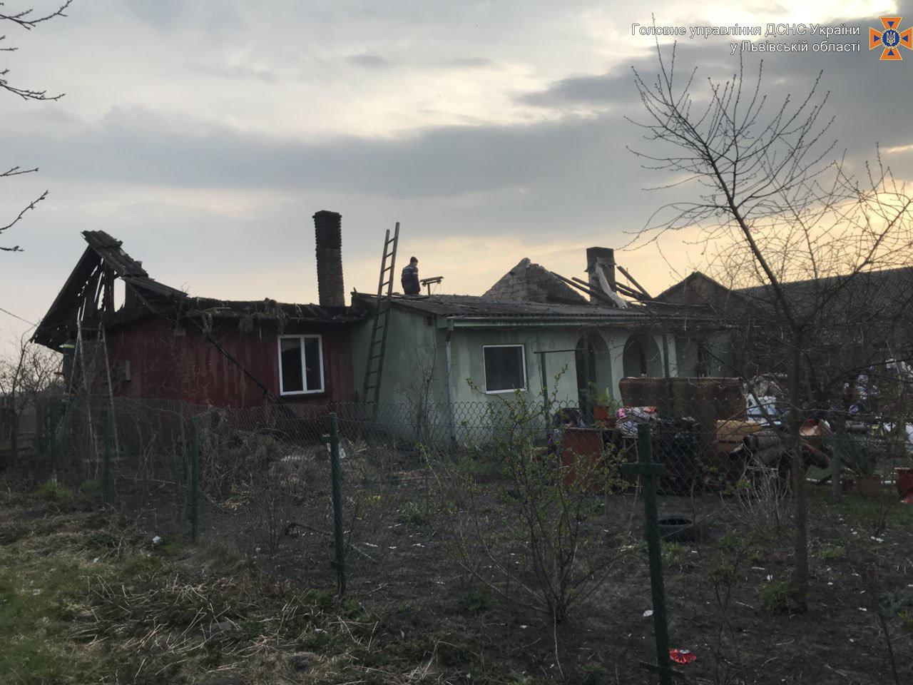 Внаслідок пожежі на Львівщині постраждала 4-річна дитина, - ФОТО, фото-1
